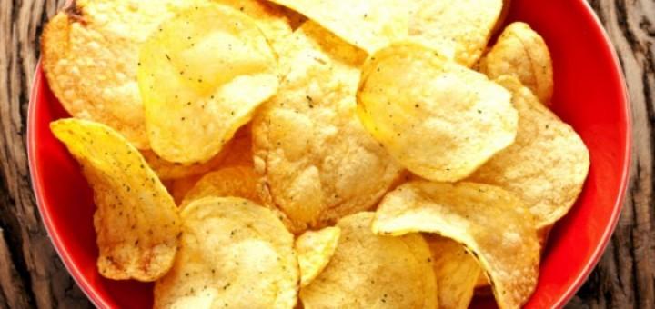 como-fazer-batata-frita-no-micro-ondas-sem-fritar-com-oleo