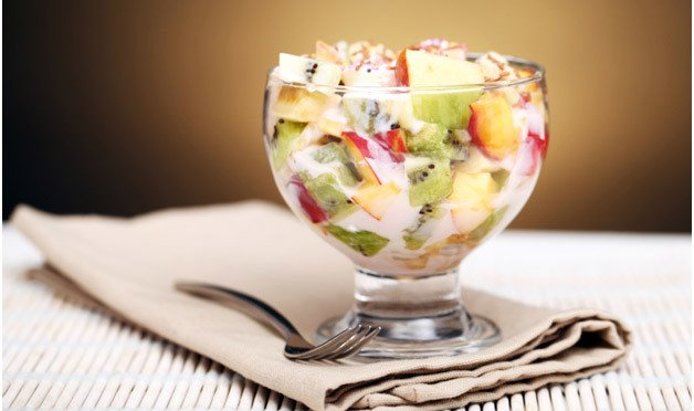 Salada De Frutas Com Molho Especial